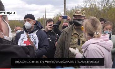"""Podczas wymiany jeńców 4 bojowników """"ŁRL"""" odmówiło powrotu do Donbasu, woleli pozostać pod jurysdykcją Ukrainy. Dlaczego?  (WIDEO)"""