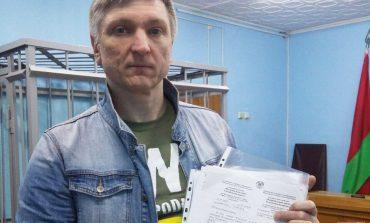 Potomkowie ofiar represji stalinowskich dyskryminowani na Białorusi z powodu Karty Polaka