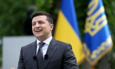 Sąd Najwyższy Ukrainy stwierdził, że prezydent Zełenski podczas pełnienia swoich obowiązków musi posługiwać się językiem ukraińskim