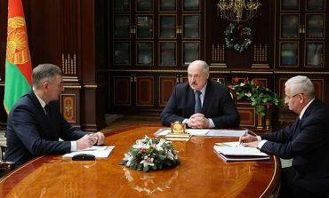 """Łukaszenka chce """"symetrycznej odpowiedzi"""" wobec UE za """"ich bandyckie"""" sankcje"""