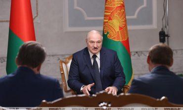 """Kosmetyczna """"reforma"""" Konstytucji pozwoli Łukaszence zachować pełnię władzy autorytarnej"""