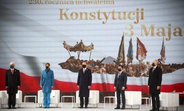 Zełenski w Warszawie: W Donbasie Ukraina ponownie walczy o swoją niepodległość