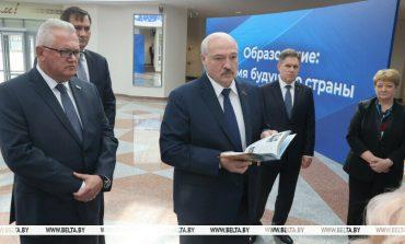 """Łukaszenka likwiduje polskie szkoły społeczne na Białorusi. """"To rozsadniki kolorowych rewolucji"""""""