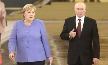 Putin i Merkel rozmawiali o Nord Stream 2 i Ukrainie